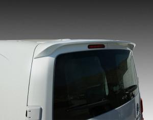 Rear roof spoiler (wing type doors)