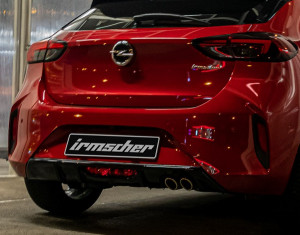 Rear diffuser for double tailpipe