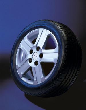 Wheel kit in Nova design (16 inch) with winter tire